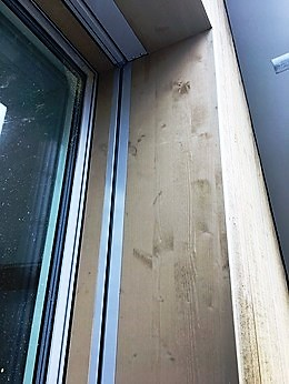 Fensterleibungen mit integrierten Rolladenschienen