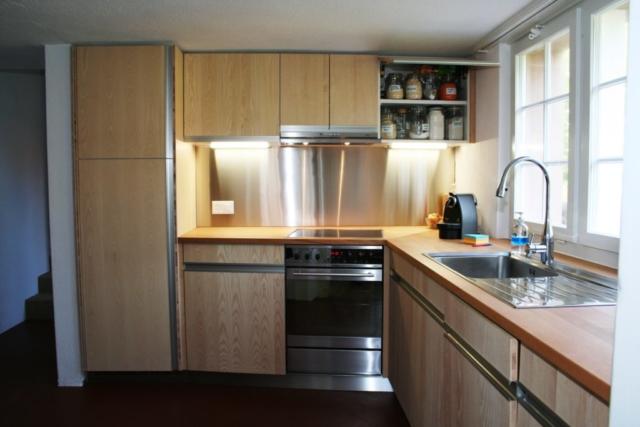 Küche Esche, Dreischicht, Rückwand Chromstahl