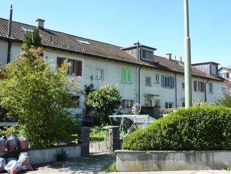 Vor Dachaufstockung Reiheneinfamilienhaus