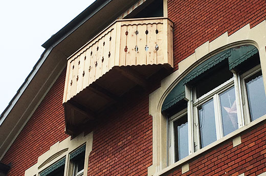 Balkon aus FSC Berglärche