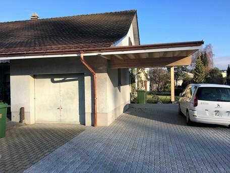 Autounterstand mit Dachverlängerung